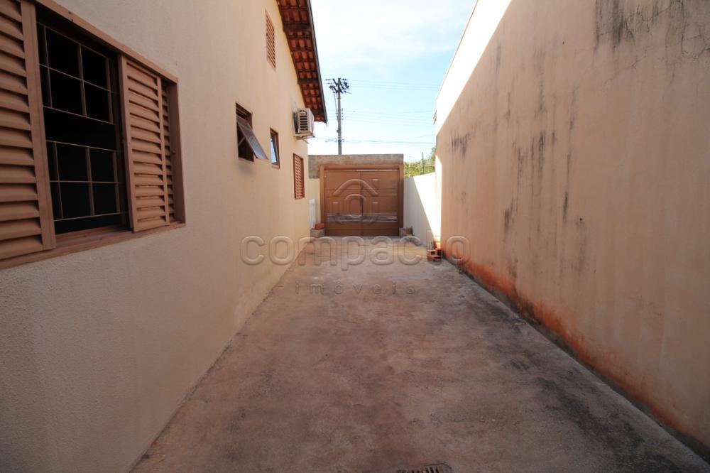 Alugar Casa / Padrão em São José do Rio Preto apenas R$ 900,00 - Foto 13