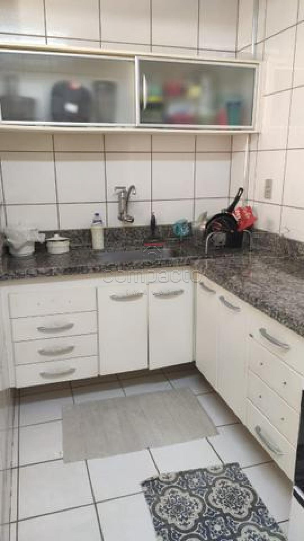 Comprar Apartamento / Padrão em São José do Rio Preto apenas R$ 170.000,00 - Foto 12