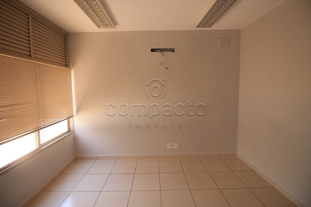 Alugar Comercial / Prédio em São José do Rio Preto apenas R$ 17.000,00 - Foto 32