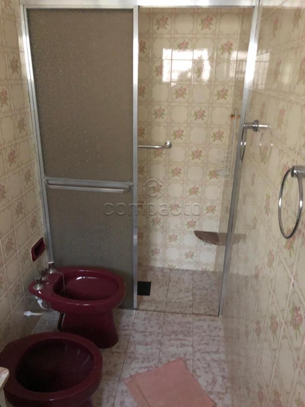 Alugar Casa / Padrão em São José do Rio Preto apenas R$ 2.200,00 - Foto 11