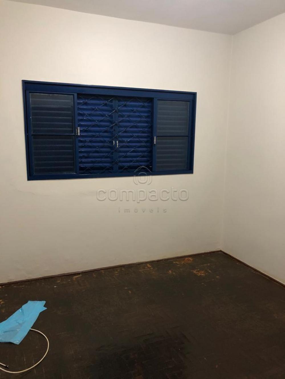 Alugar Casa / Padrão em São José do Rio Preto apenas R$ 2.200,00 - Foto 12