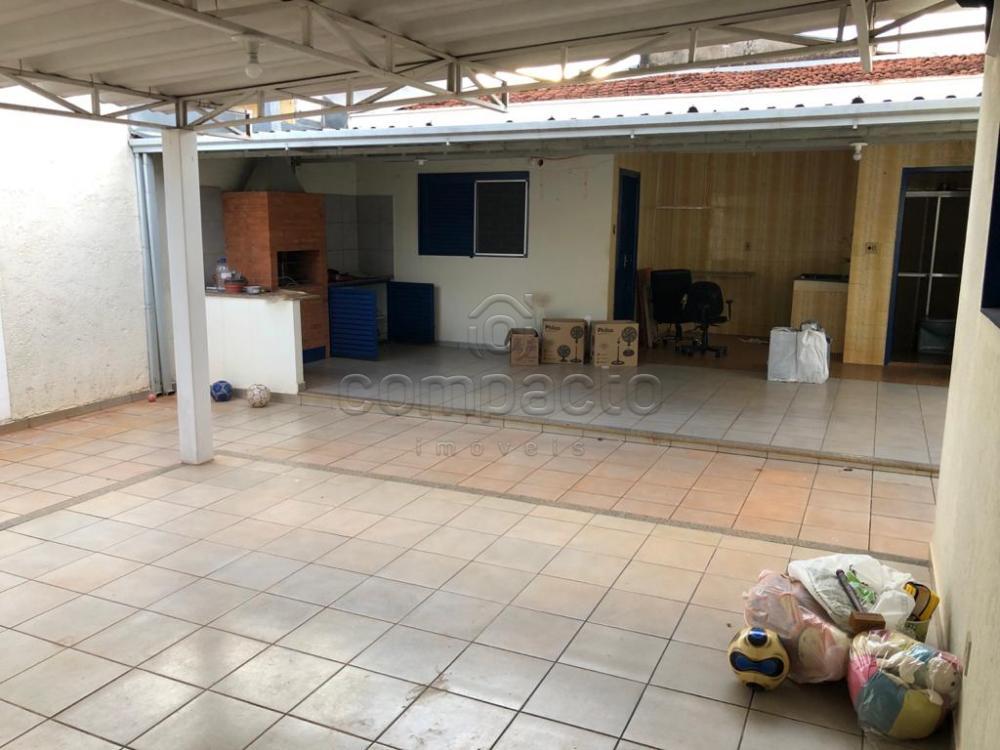 Alugar Casa / Padrão em São José do Rio Preto apenas R$ 2.200,00 - Foto 17