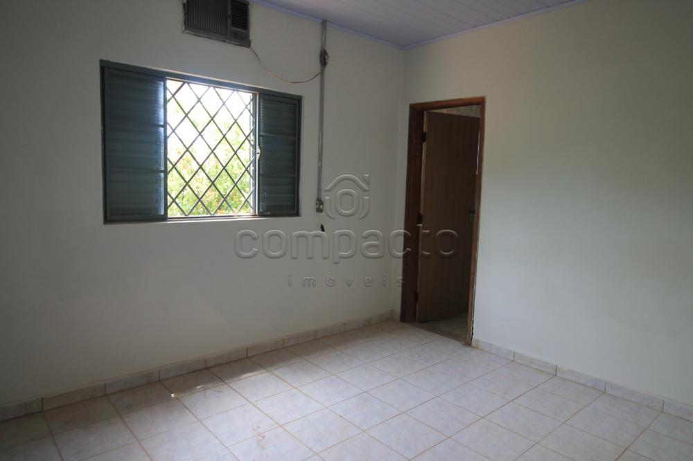 Alugar Casa / Padrão em São José do Rio Preto apenas R$ 1.200,00 - Foto 14