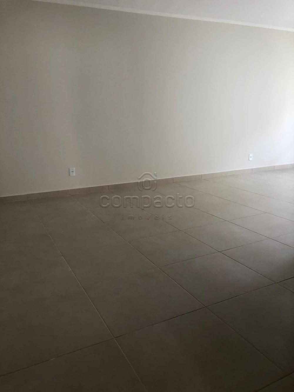 Comprar Apartamento / Padrão em São José do Rio Preto apenas R$ 230.000,00 - Foto 4