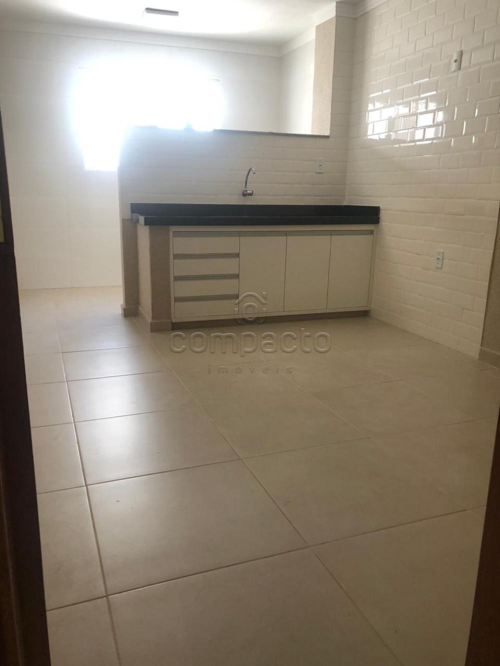 Comprar Apartamento / Padrão em São José do Rio Preto apenas R$ 230.000,00 - Foto 14