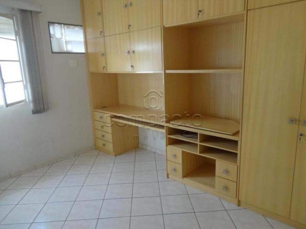 Comprar Apartamento / Padrão em São José do Rio Preto apenas R$ 245.000,00 - Foto 4