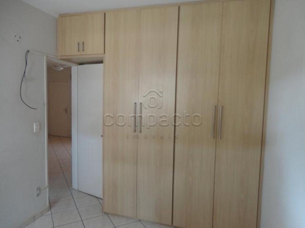 Comprar Apartamento / Padrão em São José do Rio Preto apenas R$ 245.000,00 - Foto 5