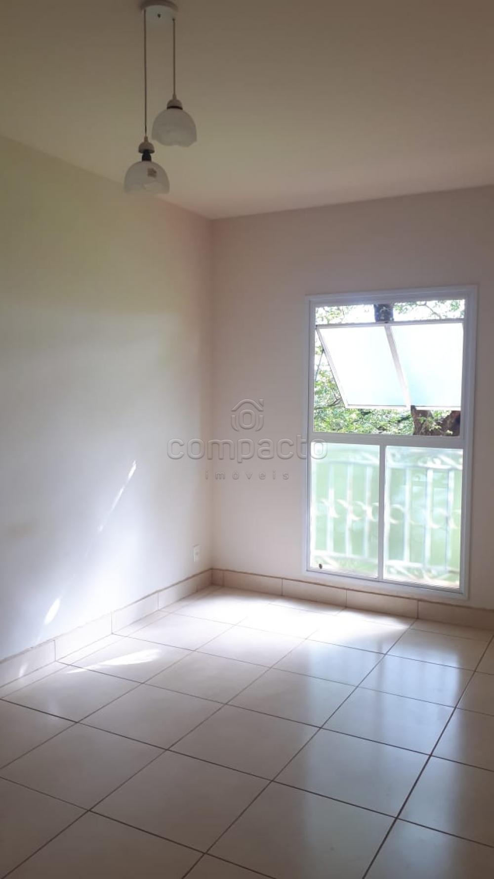 Comprar Apartamento / Padrão em São José do Rio Preto apenas R$ 140.000,00 - Foto 1