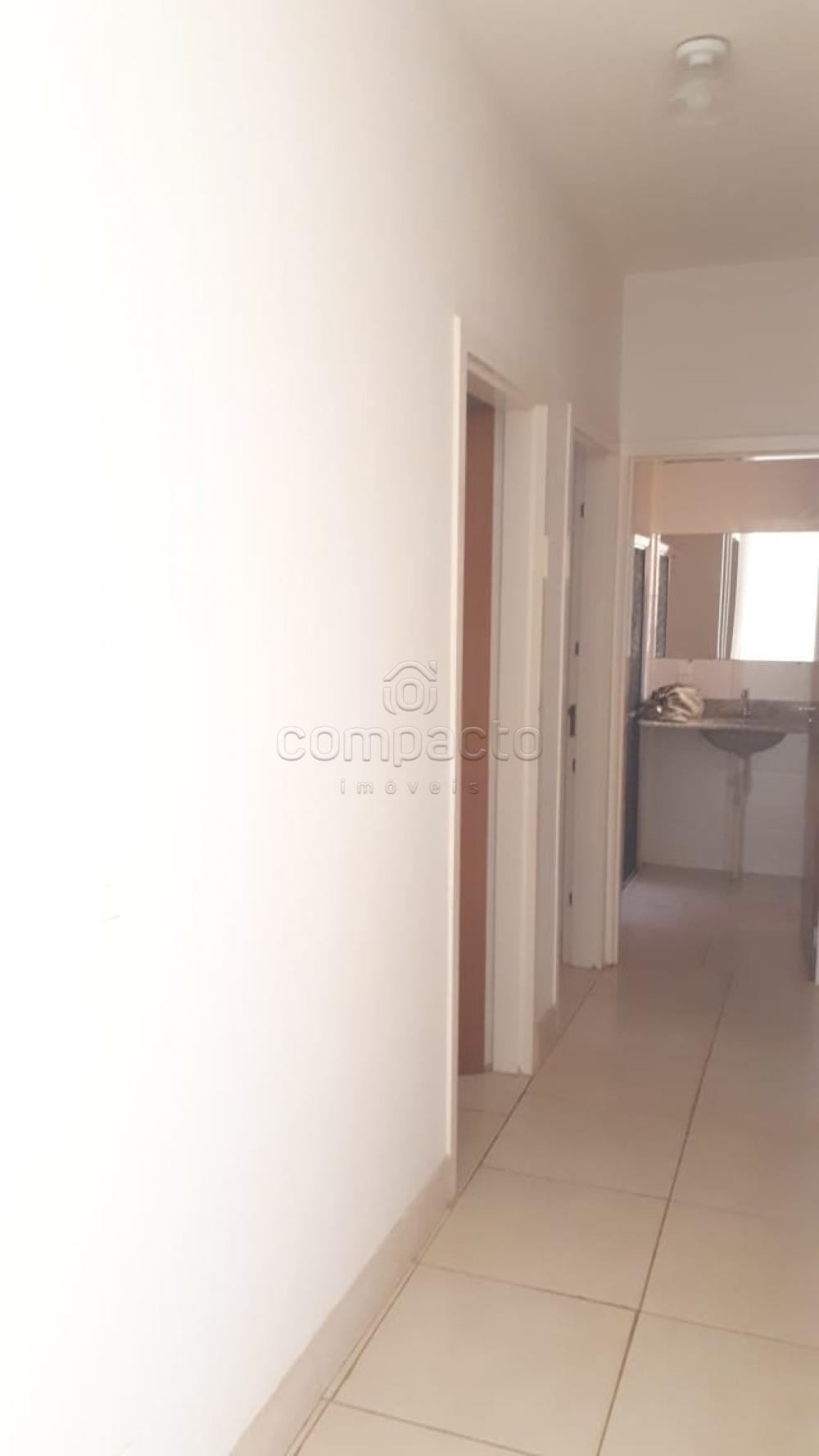 Comprar Apartamento / Padrão em São José do Rio Preto apenas R$ 140.000,00 - Foto 12