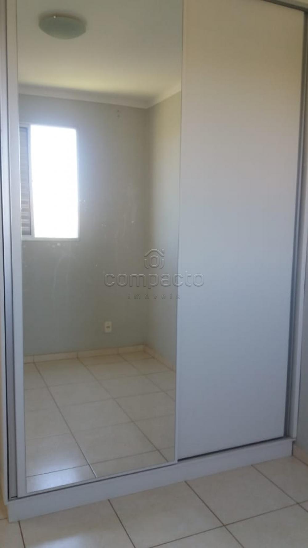 Alugar Apartamento / Padrão em São José do Rio Preto apenas R$ 720,00 - Foto 16