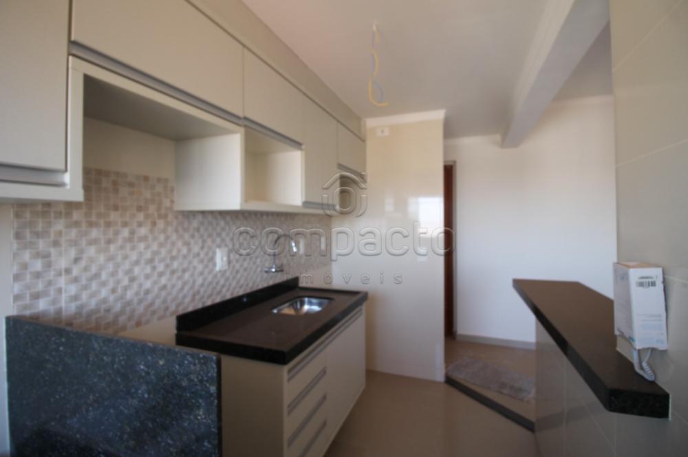 Comprar Apartamento / Padrão em São José do Rio Preto R$ 299.000,00 - Foto 4