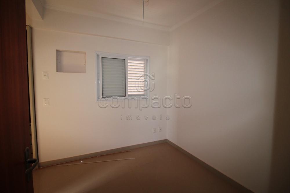 Comprar Apartamento / Padrão em São José do Rio Preto R$ 299.000,00 - Foto 11