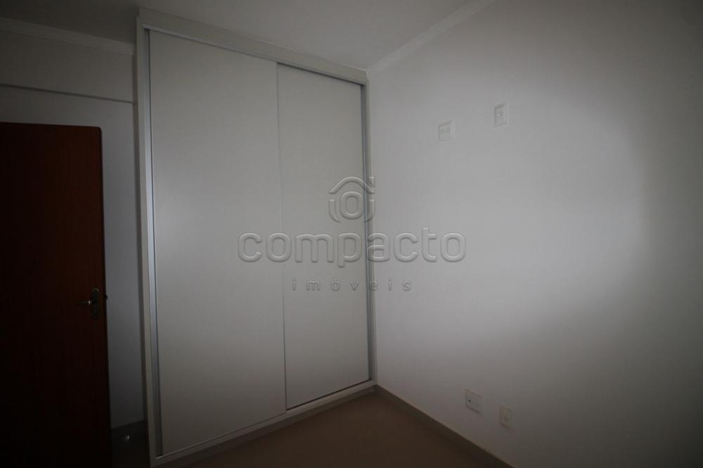 Comprar Apartamento / Padrão em São José do Rio Preto R$ 299.000,00 - Foto 12