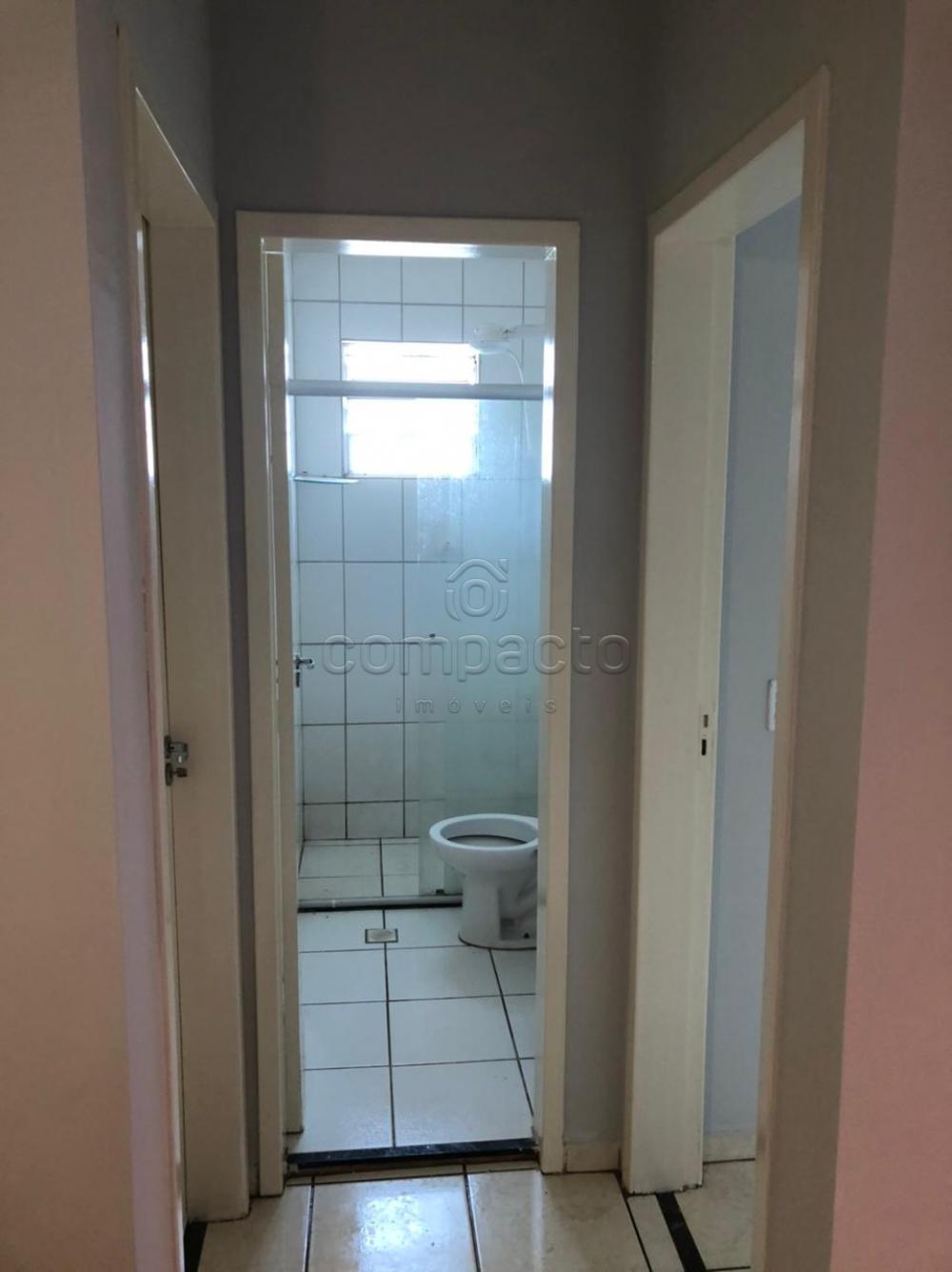 Alugar Apartamento / Padrão em São José do Rio Preto R$ 750,00 - Foto 6