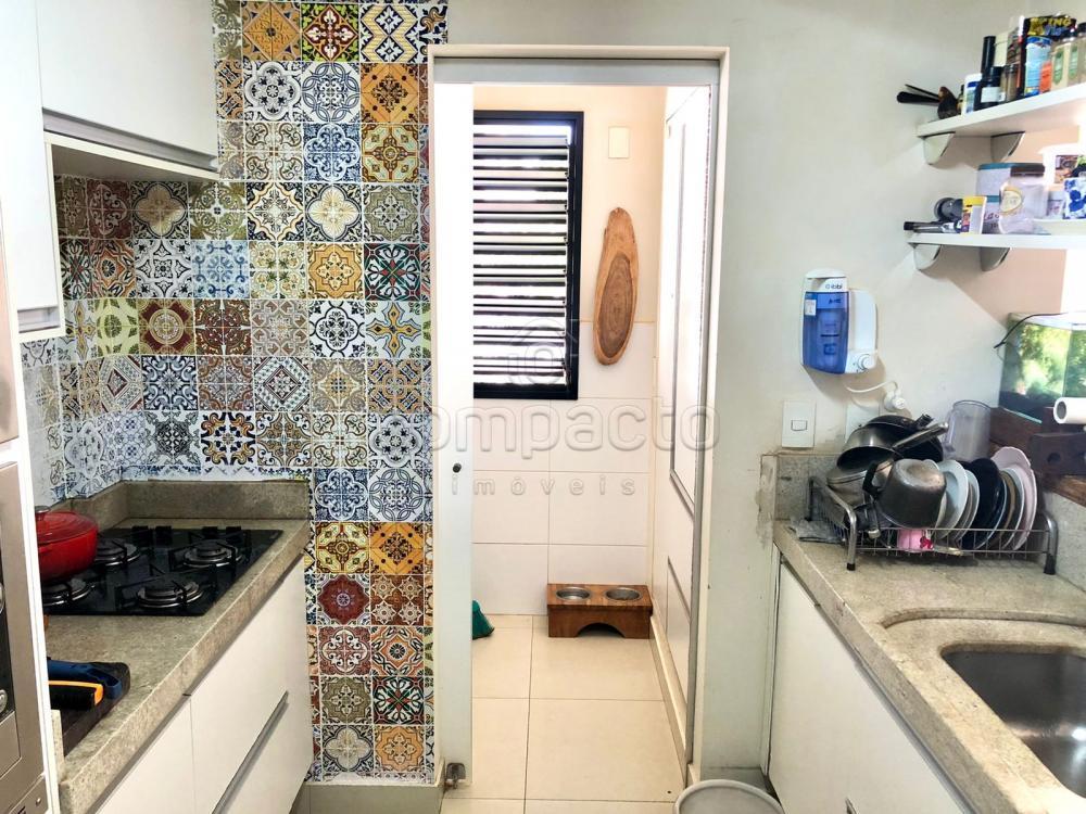 Comprar Apartamento / Padrão em São José do Rio Preto R$ 450.000,00 - Foto 7