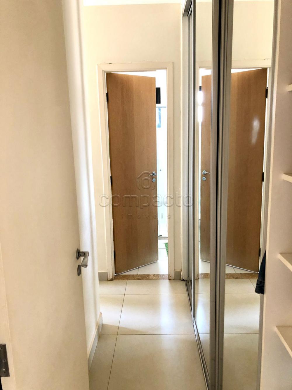 Comprar Apartamento / Padrão em São José do Rio Preto R$ 450.000,00 - Foto 9