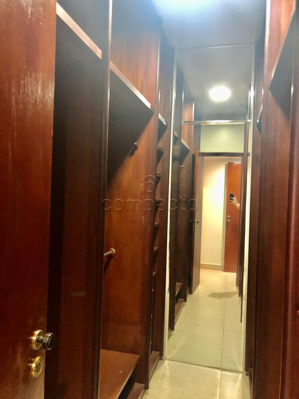 Alugar Apartamento / Padrão em São José do Rio Preto R$ 2.500,00 - Foto 11