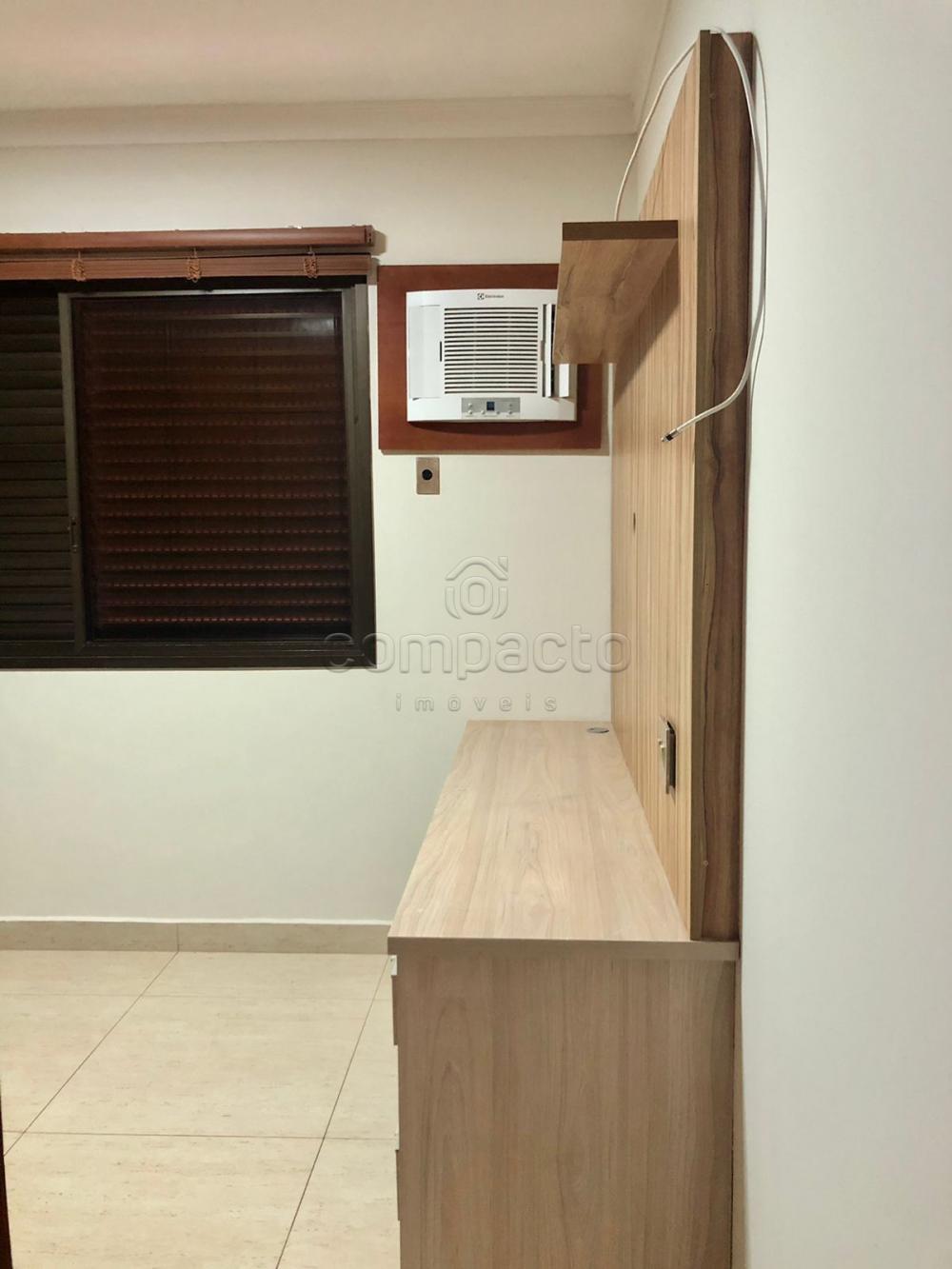 Alugar Apartamento / Padrão em São José do Rio Preto R$ 2.500,00 - Foto 17
