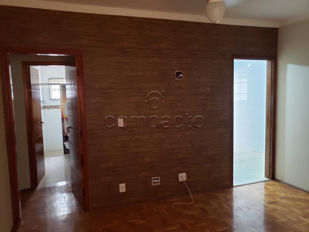 Comprar Apartamento / Padrão em São José do Rio Preto R$ 220.000,00 - Foto 2