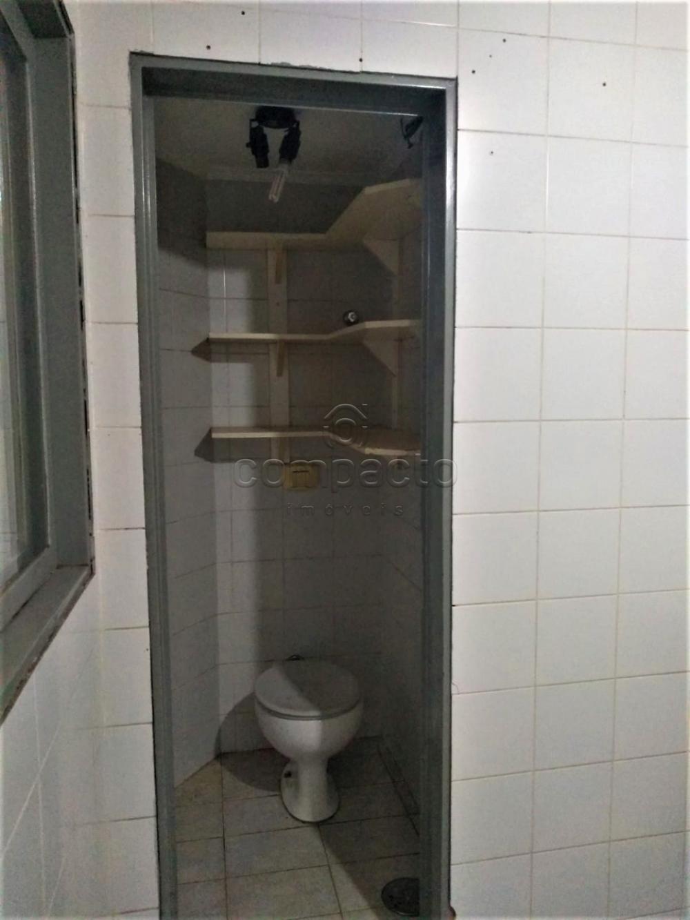 Alugar Apartamento / Padrão em São José do Rio Preto R$ 1.600,00 - Foto 8