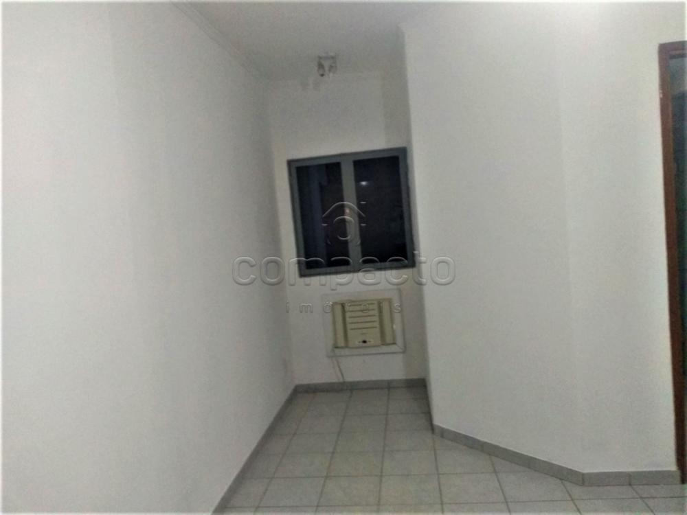 Alugar Apartamento / Padrão em São José do Rio Preto R$ 1.600,00 - Foto 10