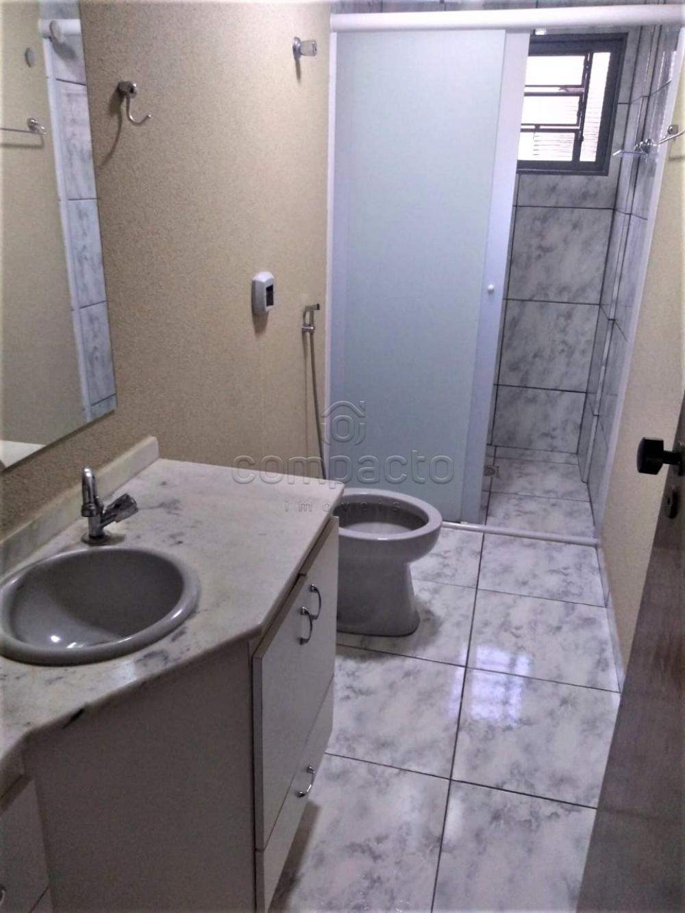 Alugar Apartamento / Padrão em São José do Rio Preto R$ 1.600,00 - Foto 12