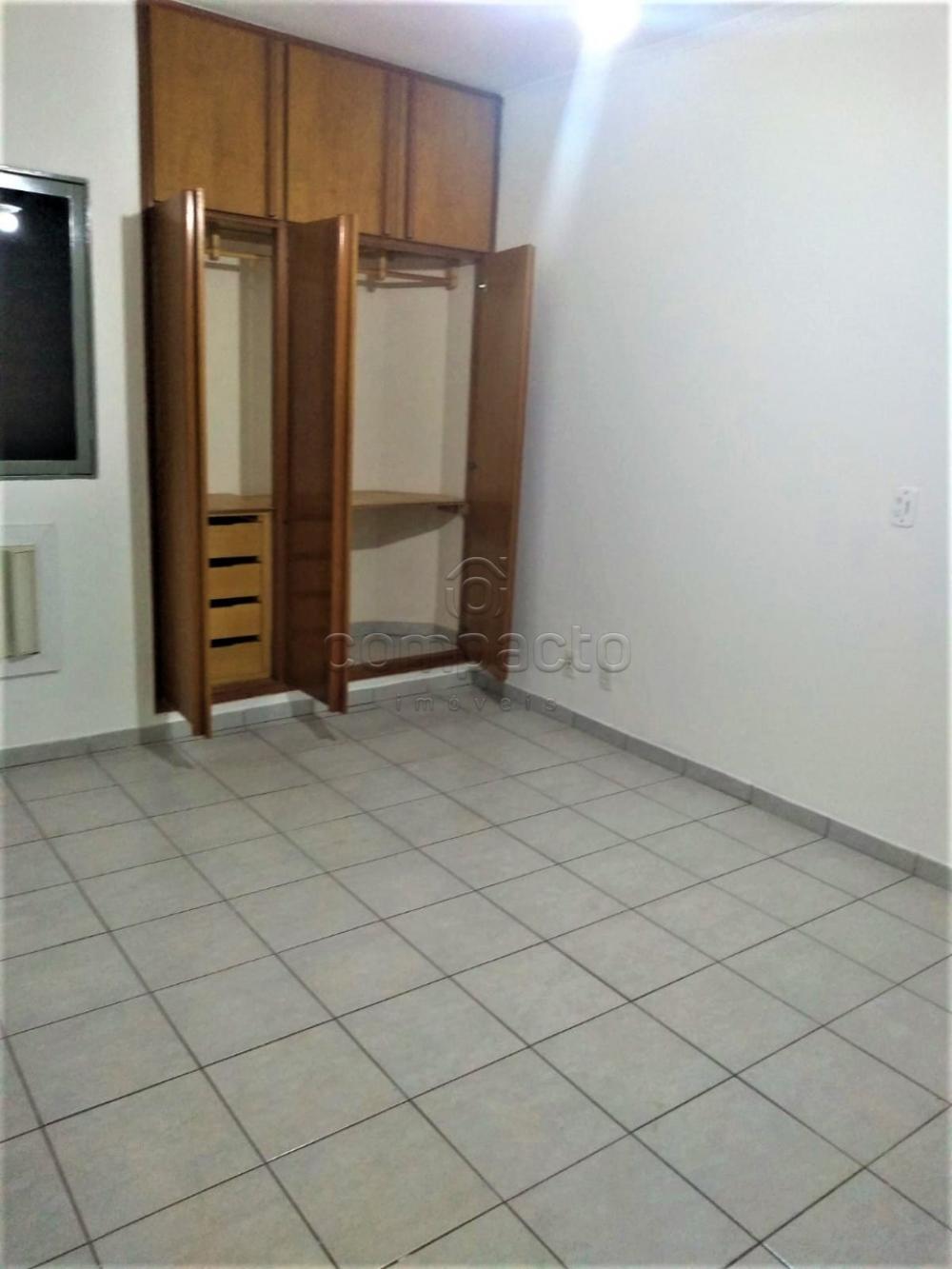 Alugar Apartamento / Padrão em São José do Rio Preto R$ 1.600,00 - Foto 15