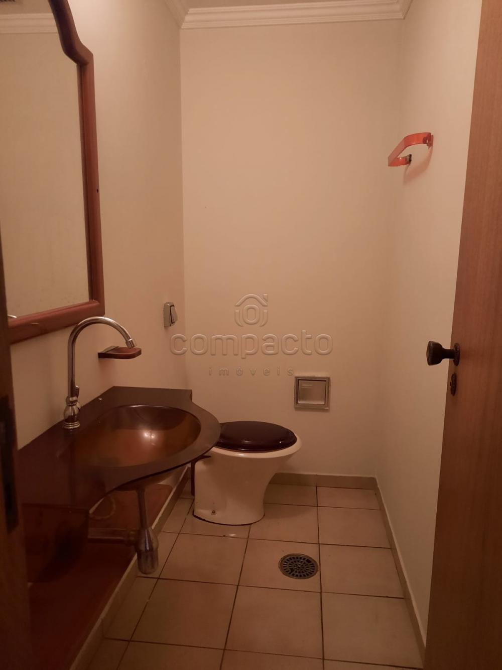 Alugar Apartamento / Padrão em São José do Rio Preto R$ 2.000,00 - Foto 6