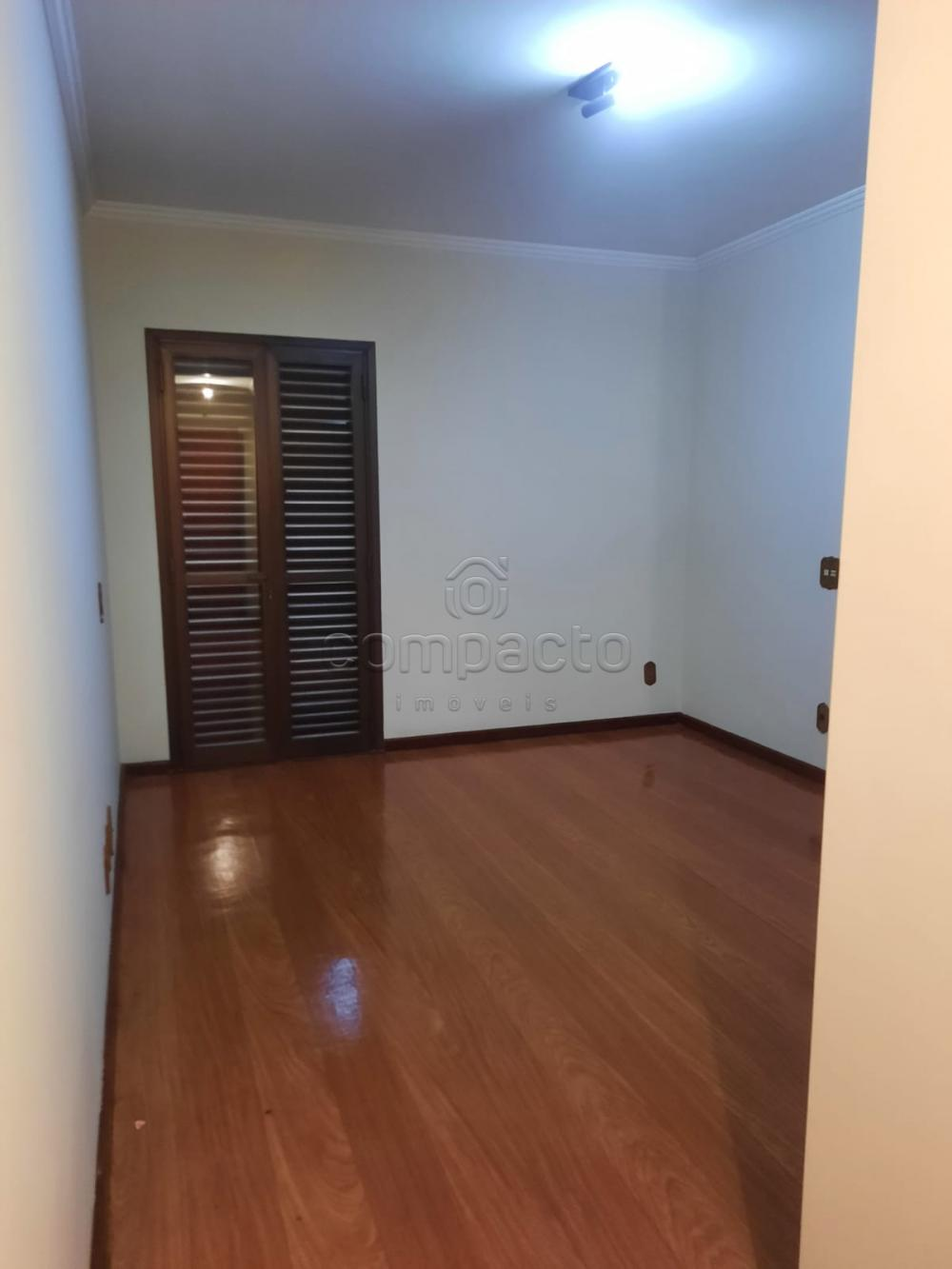 Alugar Apartamento / Padrão em São José do Rio Preto R$ 2.000,00 - Foto 8