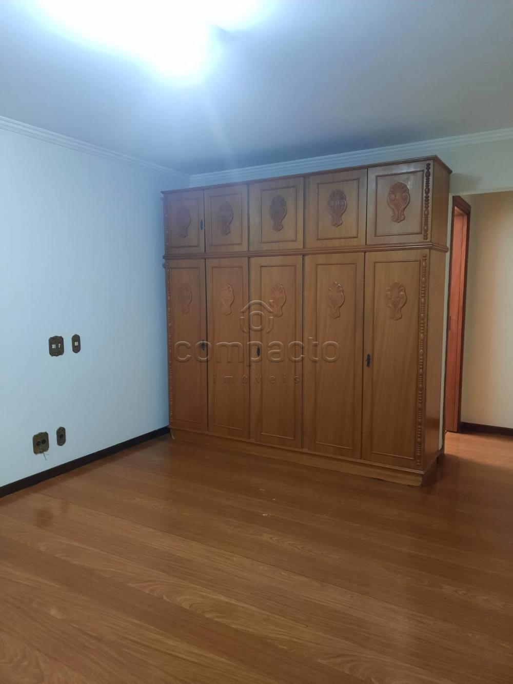 Alugar Apartamento / Padrão em São José do Rio Preto R$ 2.000,00 - Foto 12