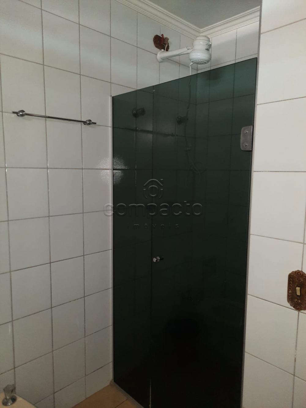 Alugar Apartamento / Padrão em São José do Rio Preto R$ 2.000,00 - Foto 14