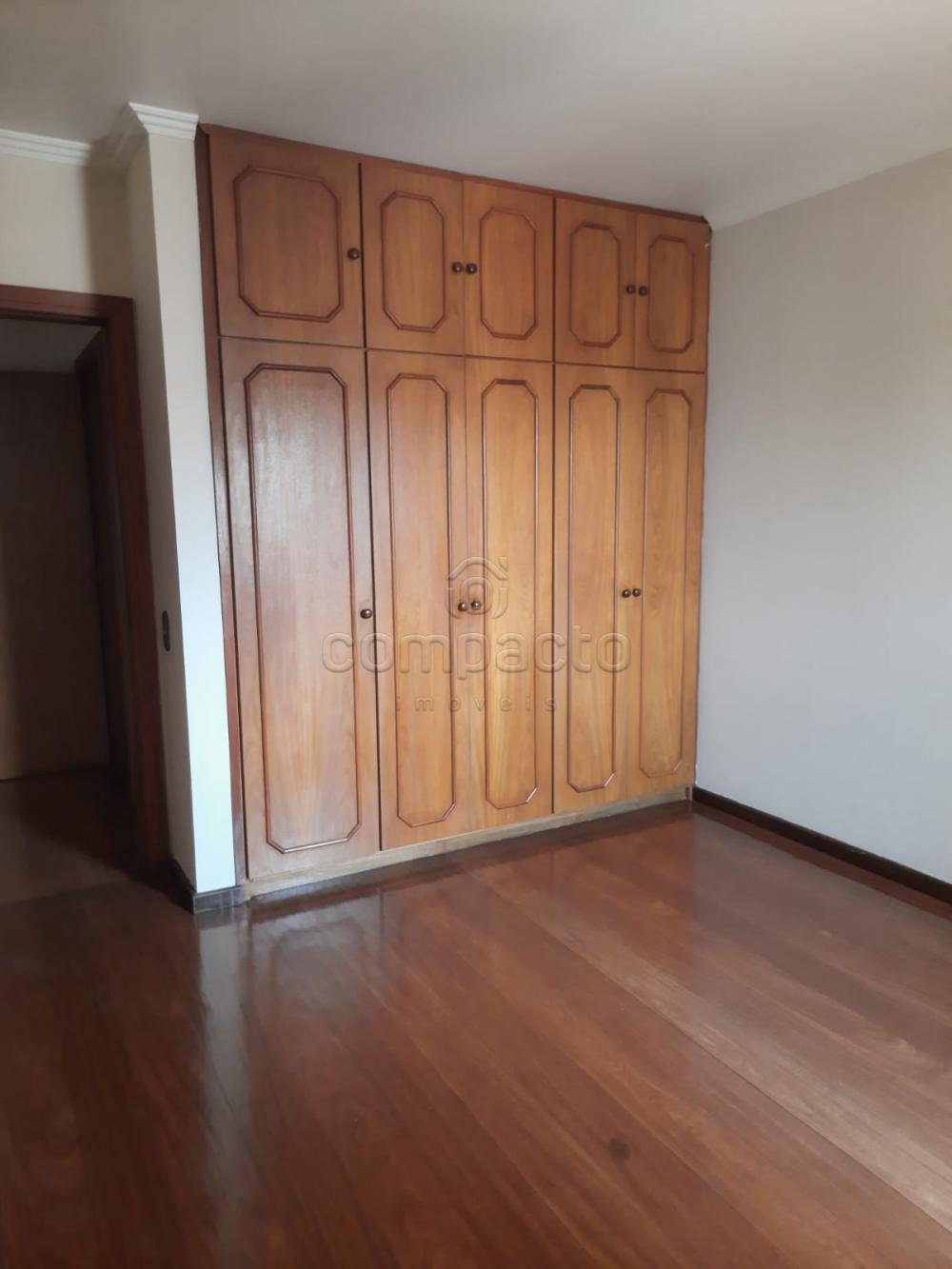 Alugar Apartamento / Padrão em São José do Rio Preto R$ 2.000,00 - Foto 17