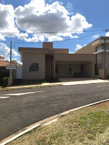 Mirassol Condominio Golden Park Casa Venda R$830.000,00 Condominio R$460,00 3 Dormitorios 4 Vagas Area do terreno 420.00m2