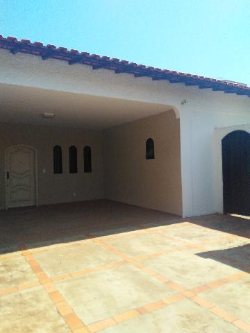 Alugar Casa / Padrão em São José do Rio Preto. apenas R$ 2.400,00