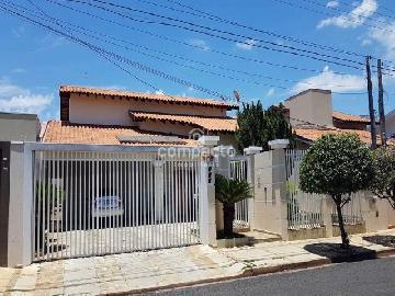 Alugar Casa / Padrão em São José do Rio Preto. apenas R$ 680.000,00