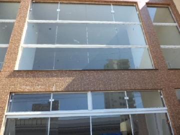 Sao Carlos Centro Salao Locacao R$ 4.450,00  3 Vagas Area construida 160.00m2