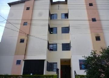 Alugar Apartamento / Padrão em São Carlos. apenas R$ 670,00