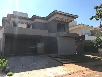 Alugar Casa / Condomínio em São José do Rio Preto. apenas R$ 3.000.000,00