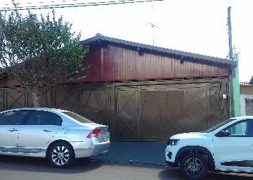 Casa / Padrão em São Carlos Alugar por R$1.800,00