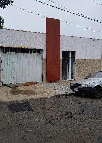 Casa / Padrão em São Carlos Alugar por R$2.800,00