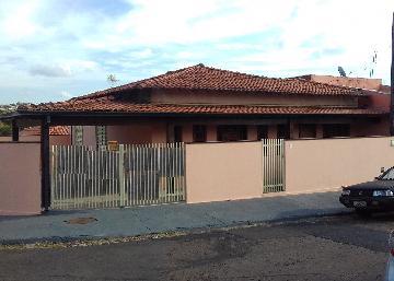 Casa / Padrão em São Carlos Alugar por R$1.500,00