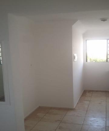 Apartamento / Padrão em São José do Rio Preto , Comprar por R$90.000,00