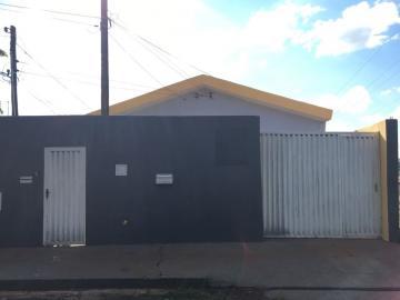 Casa / Padrão em São Carlos Alugar por R$890,00
