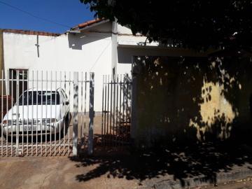 Alugar Casa / Padrão em São José do Rio Preto. apenas R$ 140.000,00