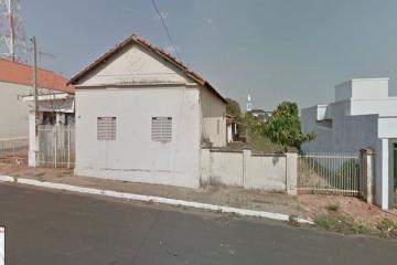Alugar Comercial / Casa em Cedral. apenas R$ 5.000,00