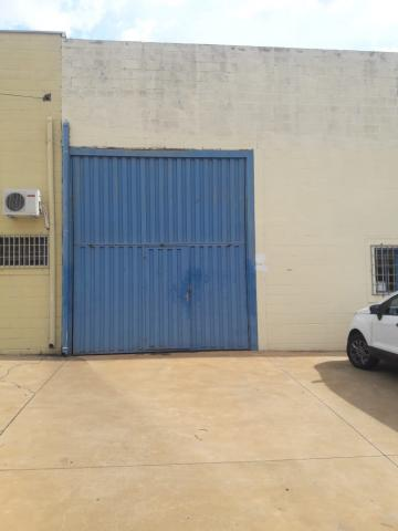 Alugar Comercial / Galpão em Mirassol. apenas R$ 2.500,00