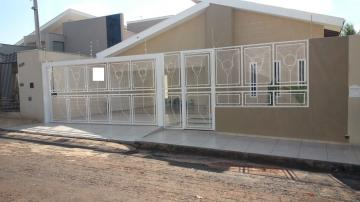 Alugar Casa / Padrão em José Bonifácio. apenas R$ 389.000,00