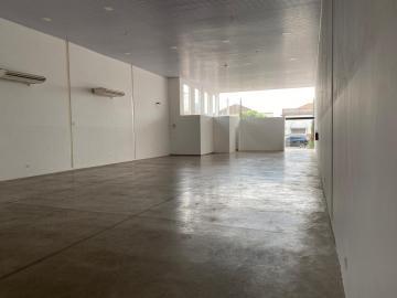 Alugar Comercial / Ponto Comercial em Potirendaba. apenas R$ 5.500,00