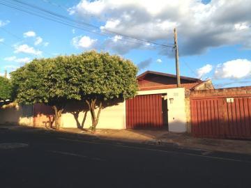 Alugar Casa / Padrão em São José do Rio Preto. apenas R$ 1.100,00