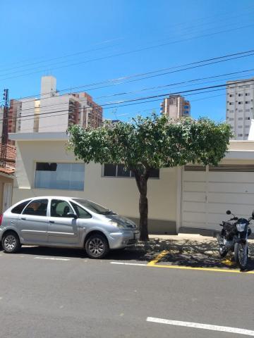 Casa / Padrão em São José do Rio Preto Alugar por R$3.000,00